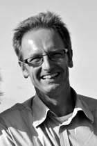 Joop Mekke : Psychiatrisch verpleegkundige/hondengedragsdeskundige